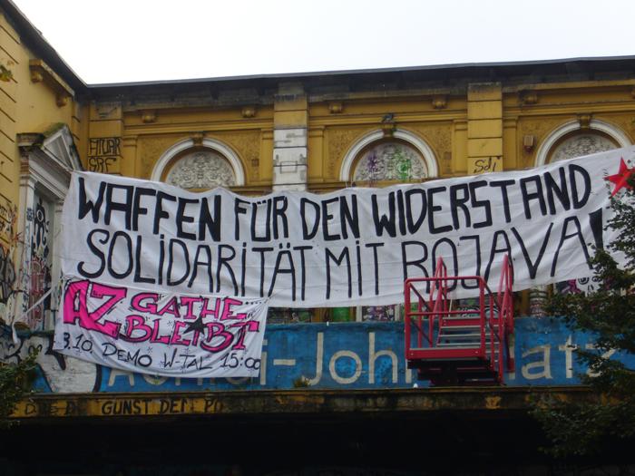 Rote Flora grüßt das AZ Wuppertal
